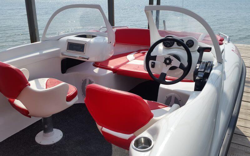 ремонт пластиковых лодок катеров